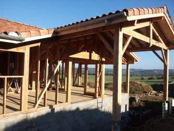 VRAI ou FAUX ? La maison bois est moins solide et résistante qu'une construction traditionnelle
